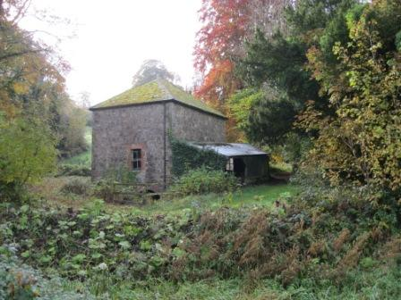 100 - Old boat house at Ardmulchan